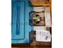 New VAT 02433-BA44-BSO1 Rectangular gate valve