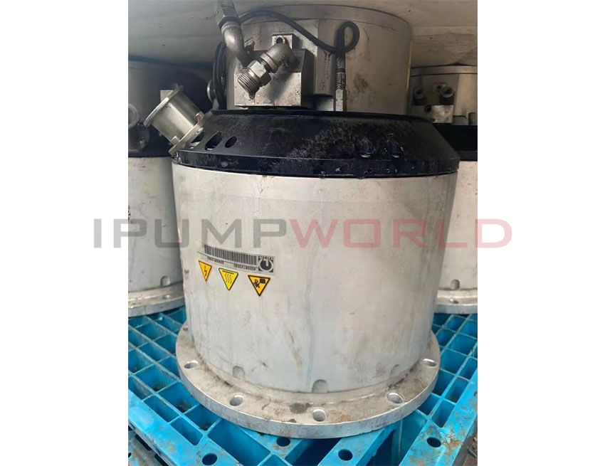 Used Leybold MAG W 2200 C Turbomolecular Pump